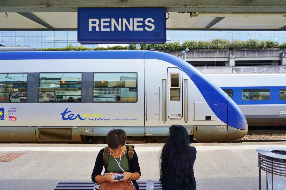 Le TGV en gare de Rennes