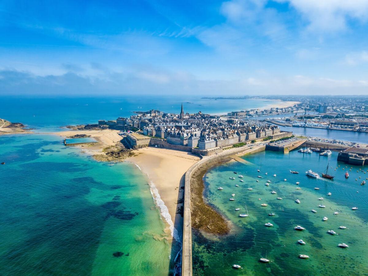 La ville de Saint-Malo vue du ciel