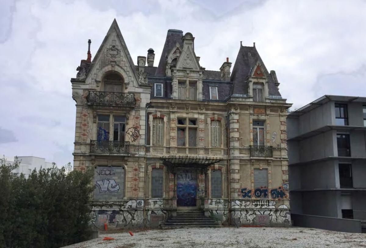 Le château Folie Guillemot tel qu'on peut le voir actuellement dans le quartier Beaulieu