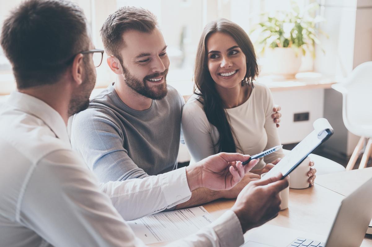 Crédit immobilier à Rennes - Un couple contract un crédit in fine à Rennes