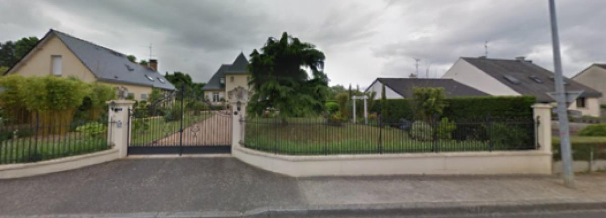 Des maisons individuelles avec de grands jardins à Chartres-de-Bretagne