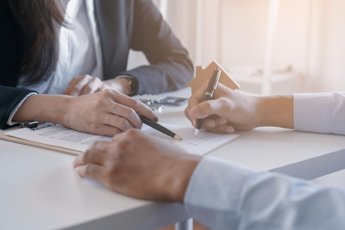 mandat de gestion locative rennes - signature d'un contrat
