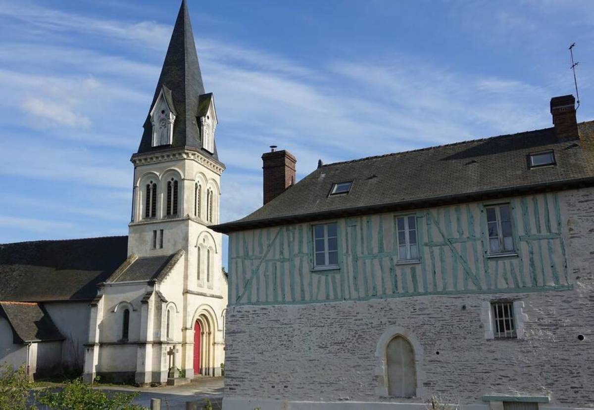 Eglise Saint-Léonard, à Noyal-Châtillon-sur-Seiche
