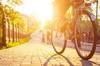 Quartier Le Blosne à Rennes – Cycliste face au soleil
