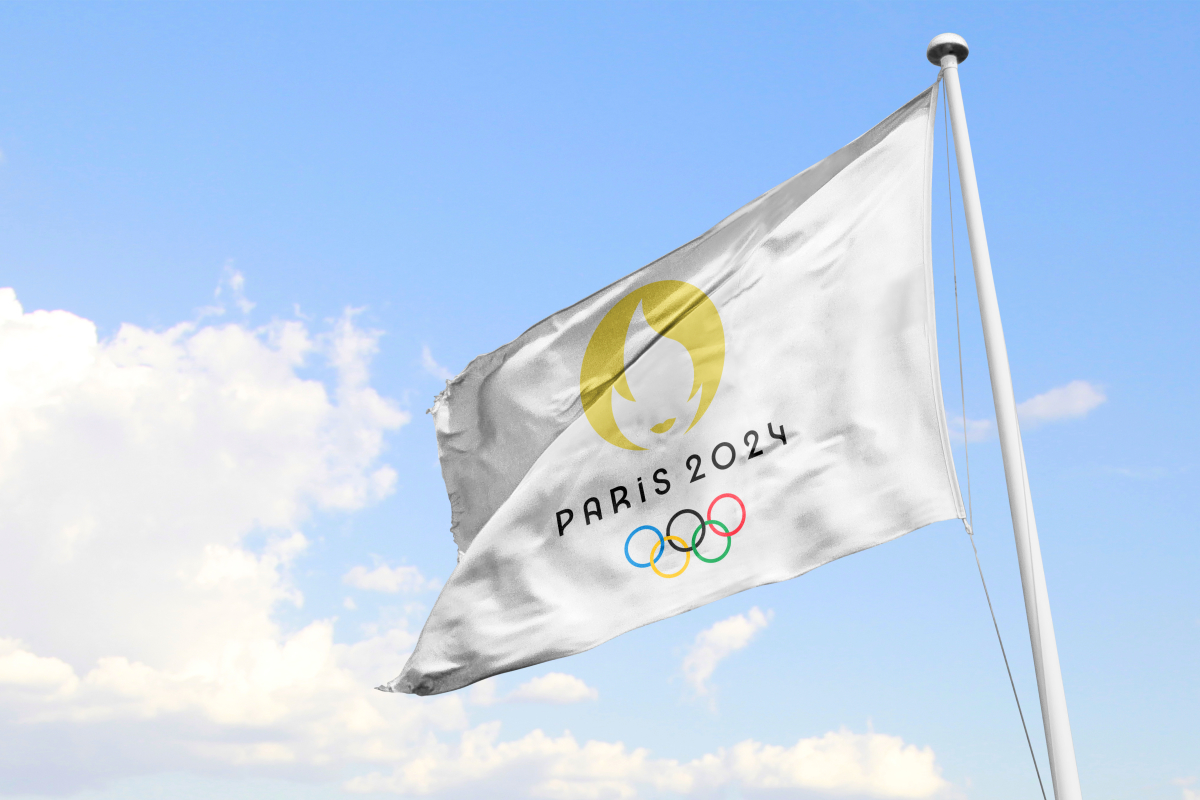 Legendre Immobilier – Drapeau des jeux olympiques de Paris 2024