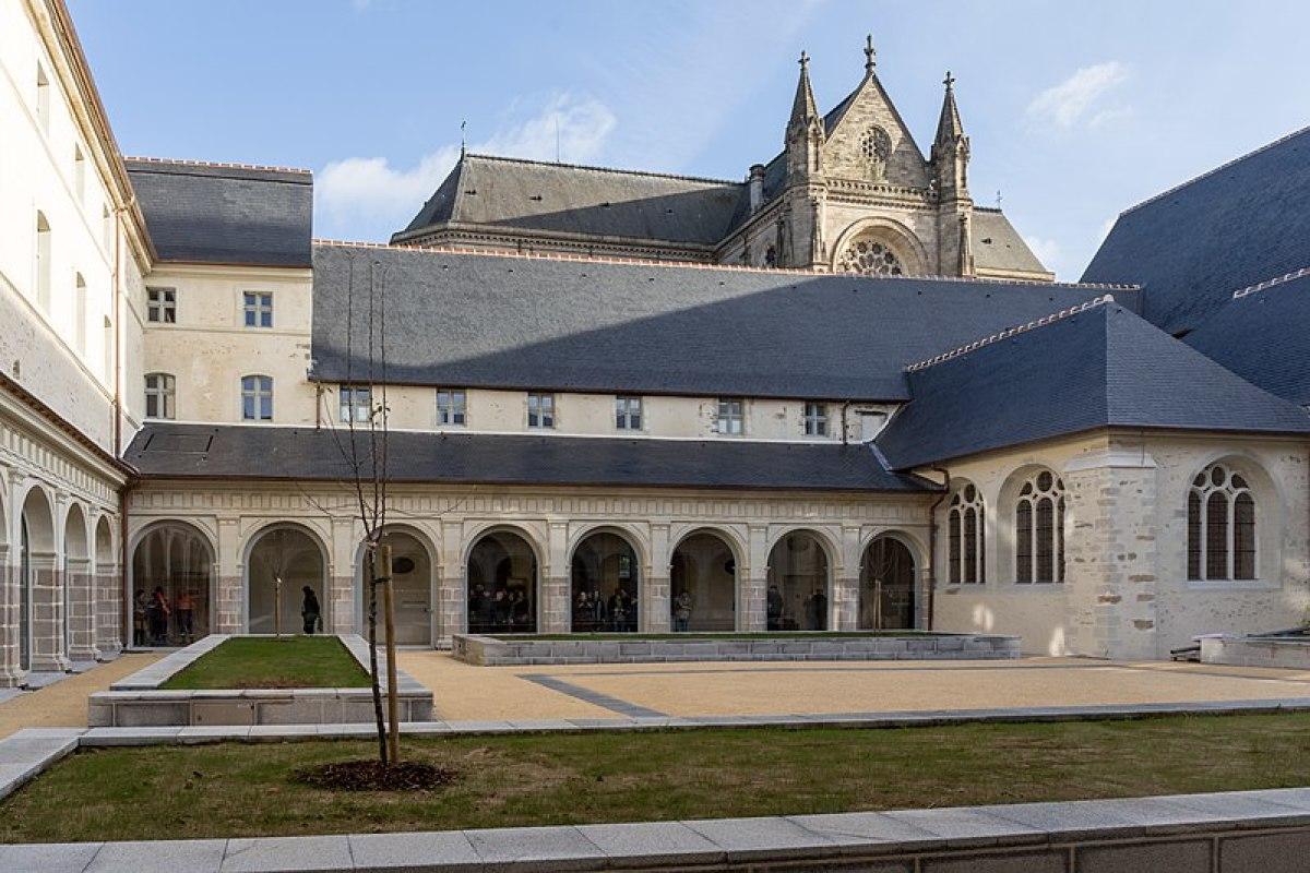 Histoire de l'architecture à Rennes - Le Couvent des Jacobins, bâtiment médiéval réhabilité en Centre des Congrès