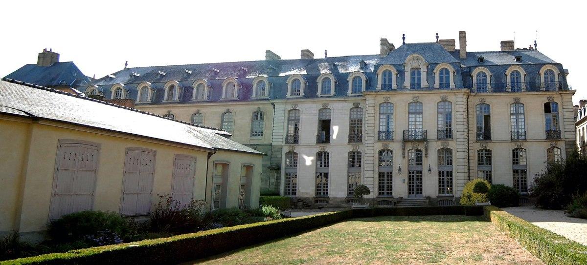 Histoire de l'architecture à Rennes - l'Hôtel de Blossac côté jardin