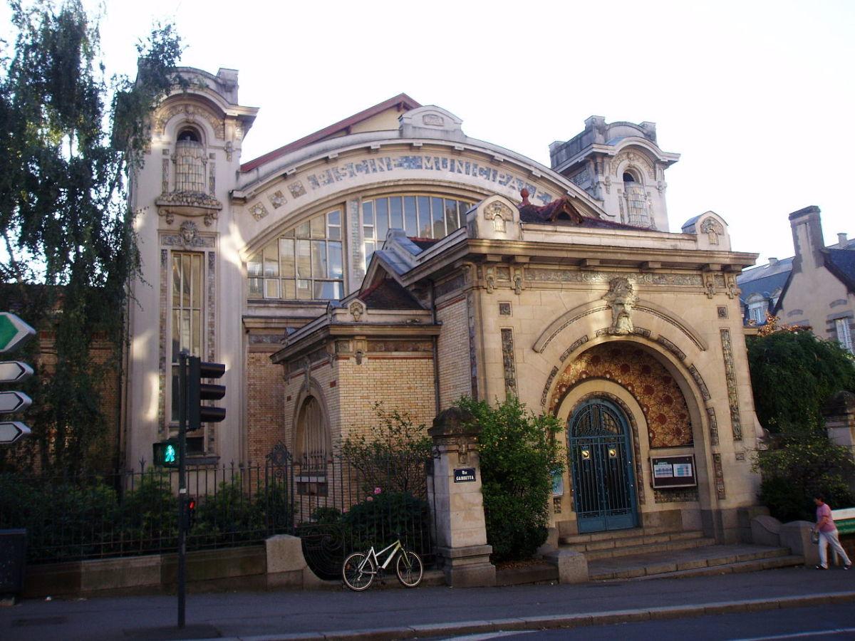 Histoire de l'architecture à Rennes - La piscine Saint-Georges