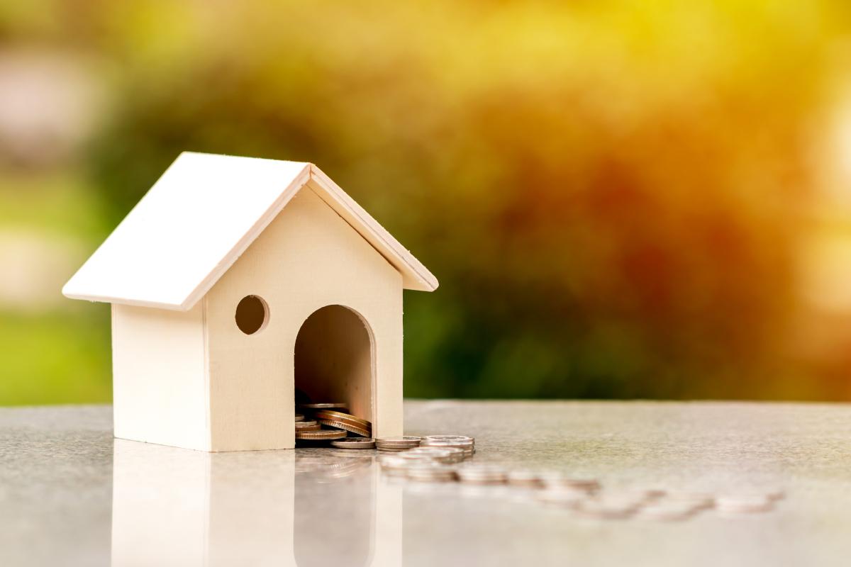 accès au logement à Rennes - tirelire en forme de maison