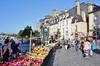 collège Sainte-Thérèse à Rennes – marché à Rennes