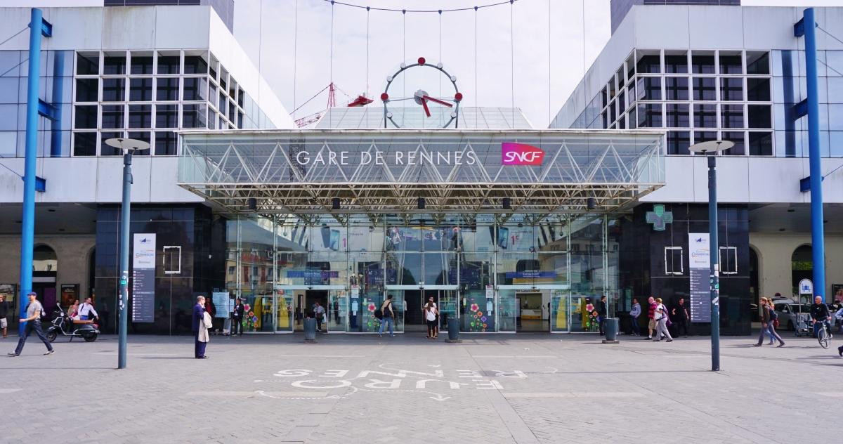 quartier de la gare rennes - La gare SNCF de Rennes et son parvis